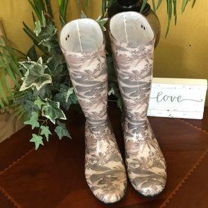 UGG Tan Floral Print Rubber Rain Boots